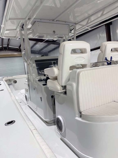 Helm And Aft Seating