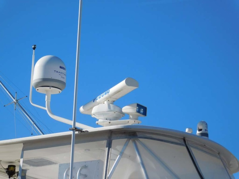 Flybridge Radar And Dome