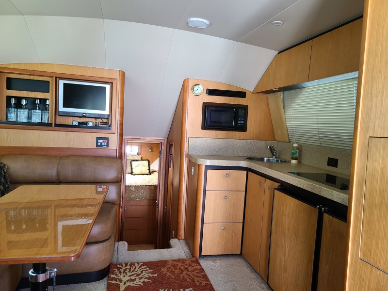2005 36 Luhrs Convertible - Tight Lines - Salon/Galley