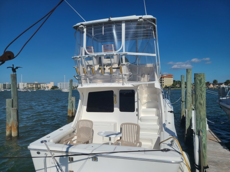 2005 36 Luhrs Convertible - Tight Lines - Cockpit