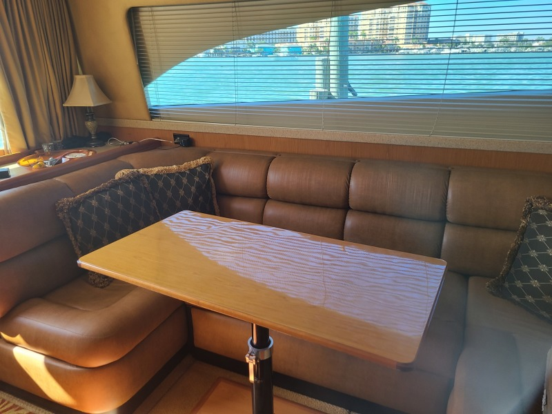 2005 36 Luhrs Convertible - Tight Lines - Dinette Table