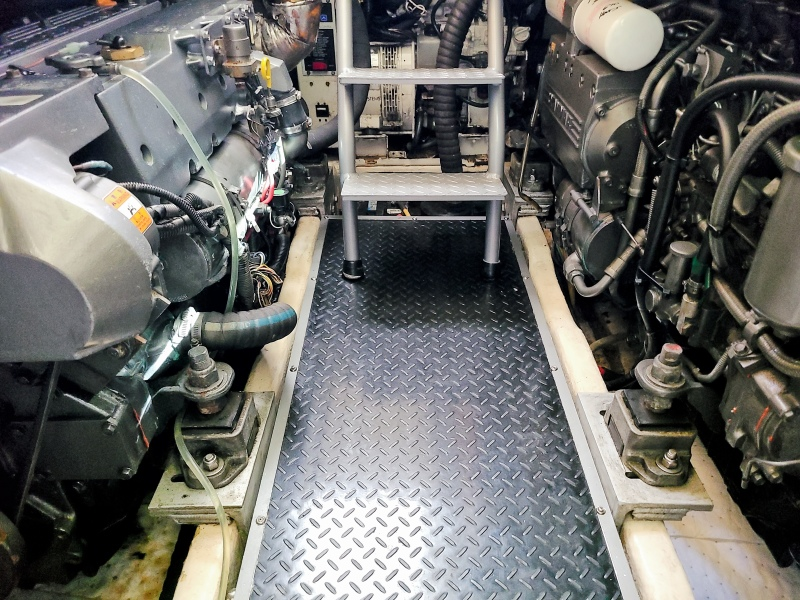 2005 36 Luhrs Convertible - Tight Lines - Engine Room