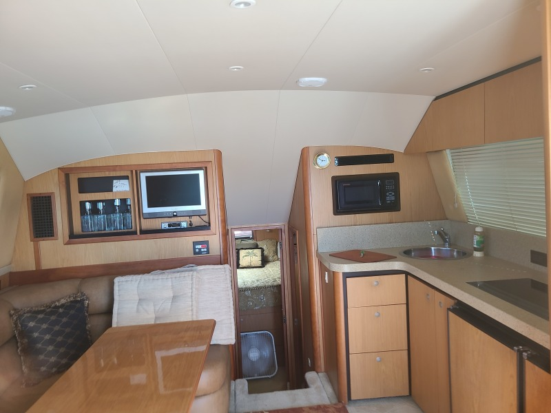 2005 36 Luhrs Convertible - Tight Lines - Salon