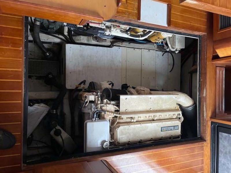 Cockpit Sole Raised   Engine Compartment