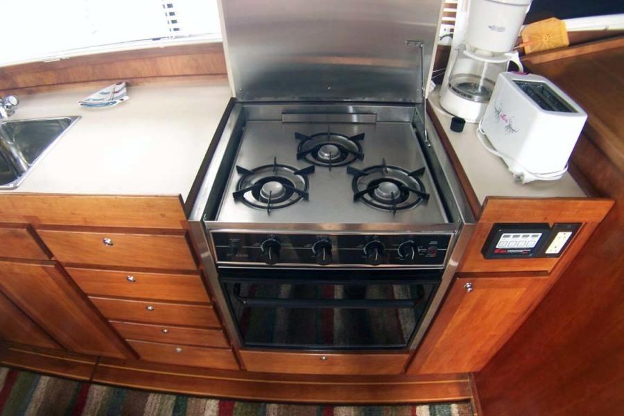 3-Burner Propane Stove And Oven