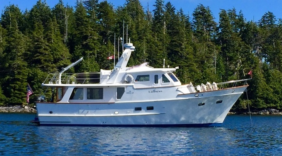 49' DeFever starboard profile