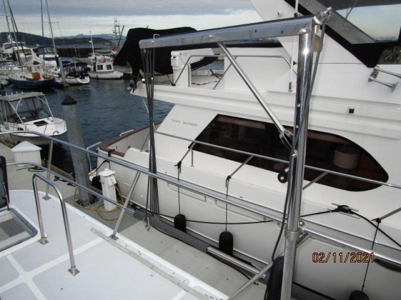 49' DeFever outboard davit