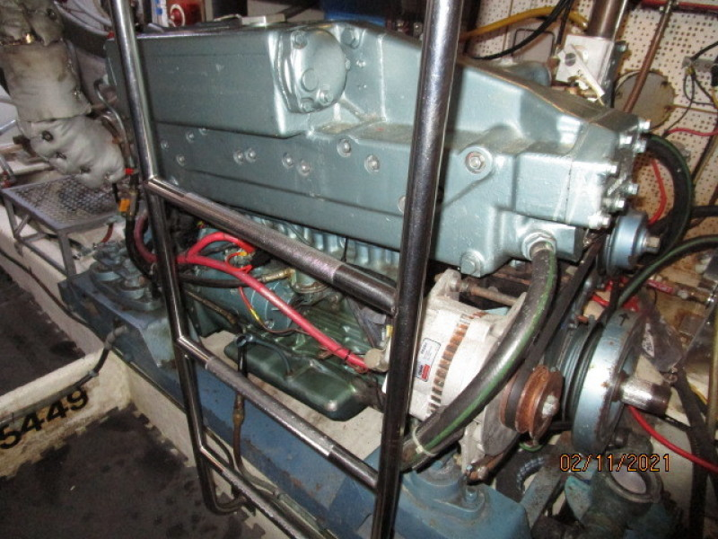 49' DeFever port main engine