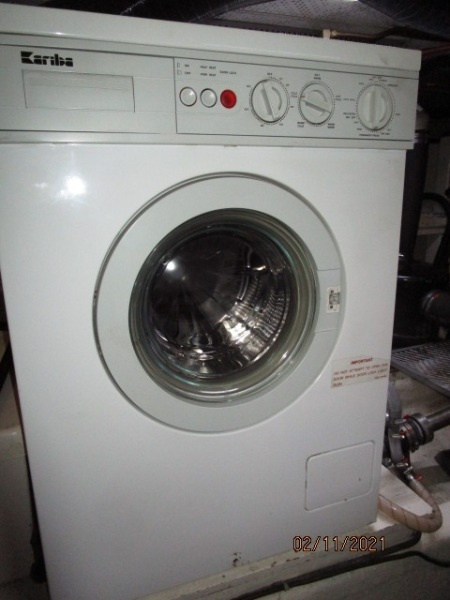 49' DeFever washer-dryer