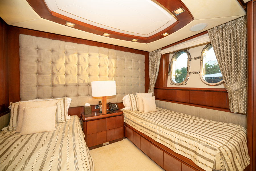 Twin Guest Stateroom (Starboard side)