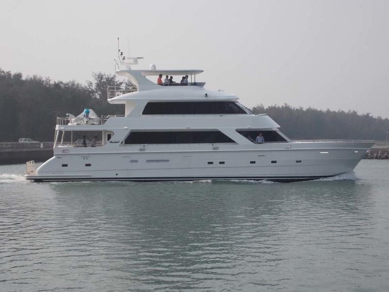 Photo of 87' President 870 Tri Deck LRC 2020