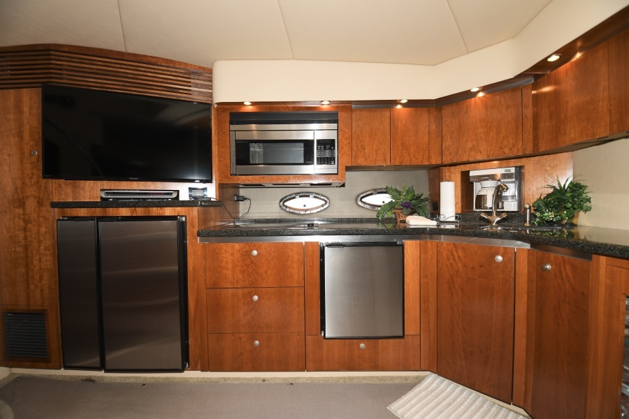 2006 52 Cruisers Express Yacht - Frame of Mind - Galley