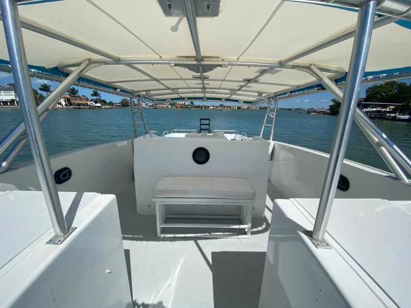2000 Hydra 42 Cat - Bow Seating