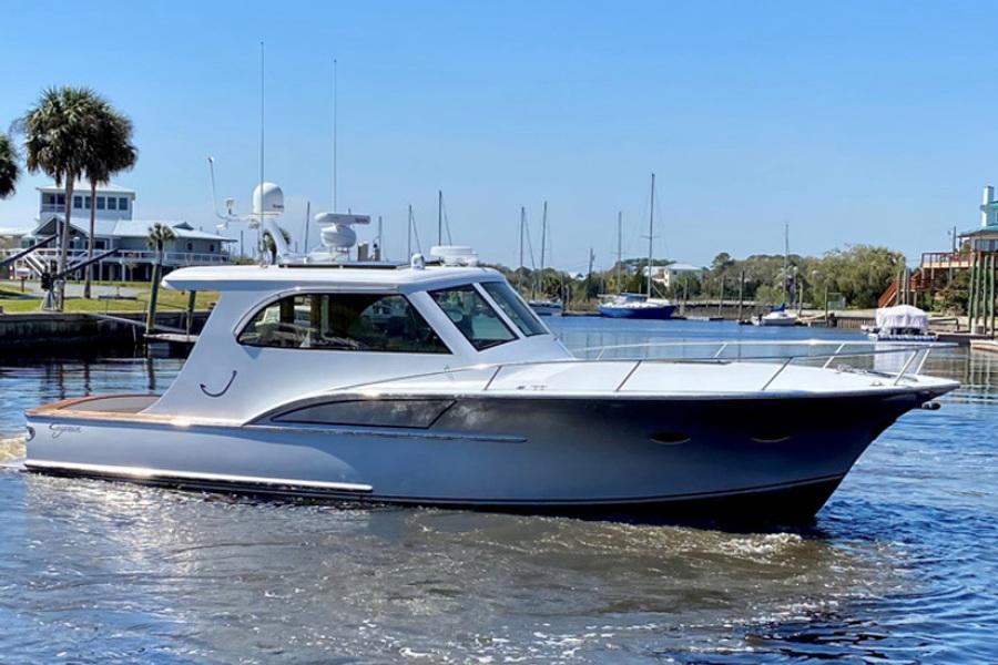 Calyber-35 Hemingway 2014-Doc Hollyday Florida-United States-2014 35 Calyber Hemingway Starboard Profile IYBA-1637595-featured