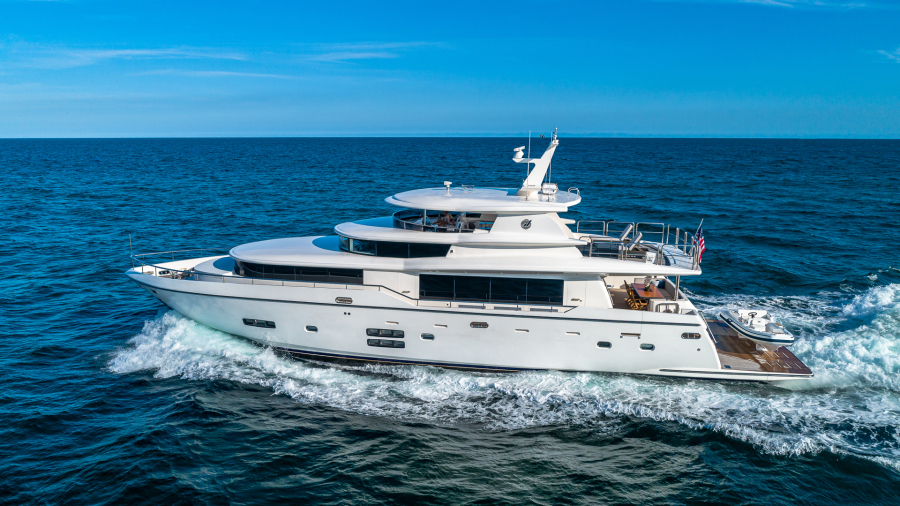 Johnson-Flybridge 2017-Life for Sale Fort Lauderdale-Florida-United States-Starboard Profile-1631928-featured