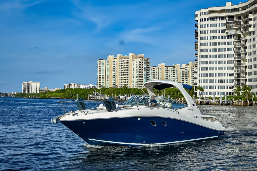 33' Sea Ray 330 Sundancer