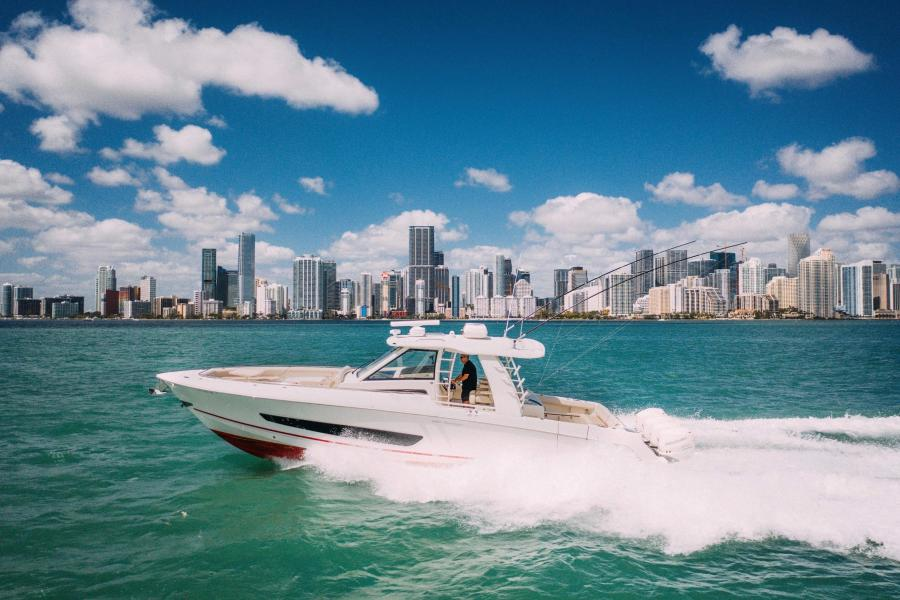 Photo of 42' Boston Whaler Outrage 2018