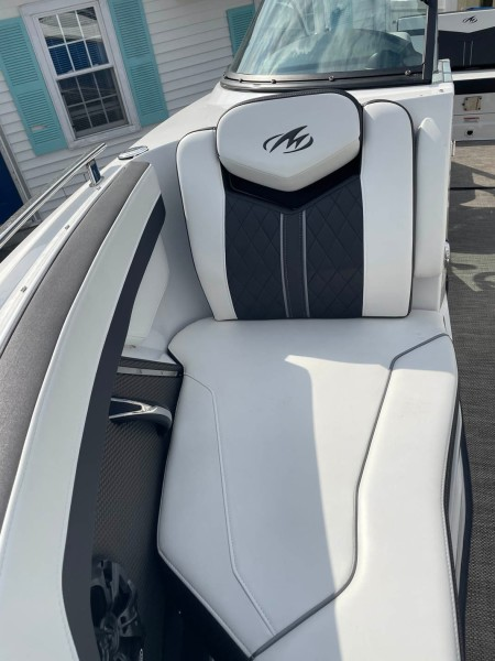 Starboard Bow Seat