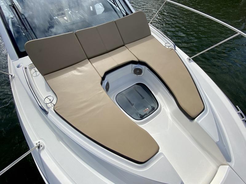2018 Sea Ray 350 Coupe - Magnolia - Bow