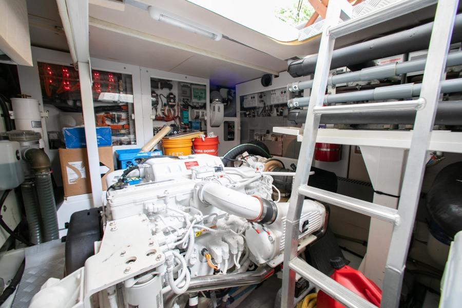 2016 55 Prestige FB- Engine Room 3