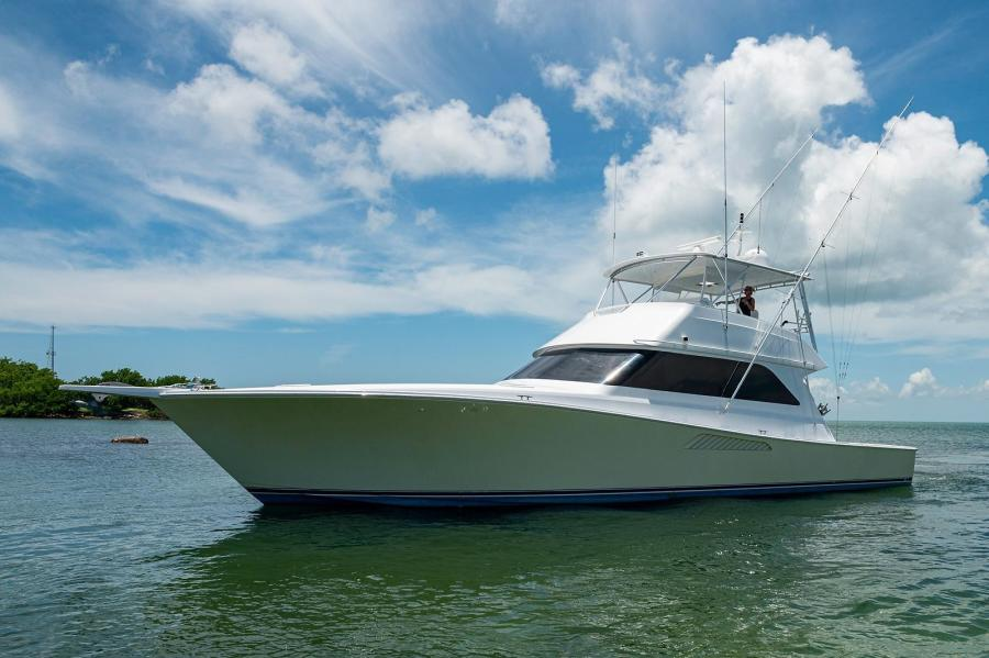 Viking-Convertible 2000-Davinaki Miami-Florida-United States-1635393-featured