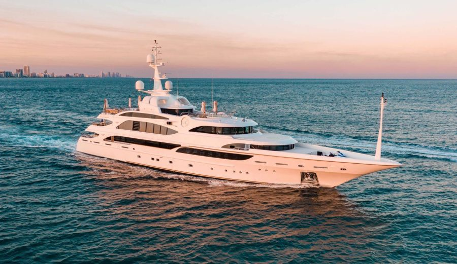 Photo of 203' Benetti 2010