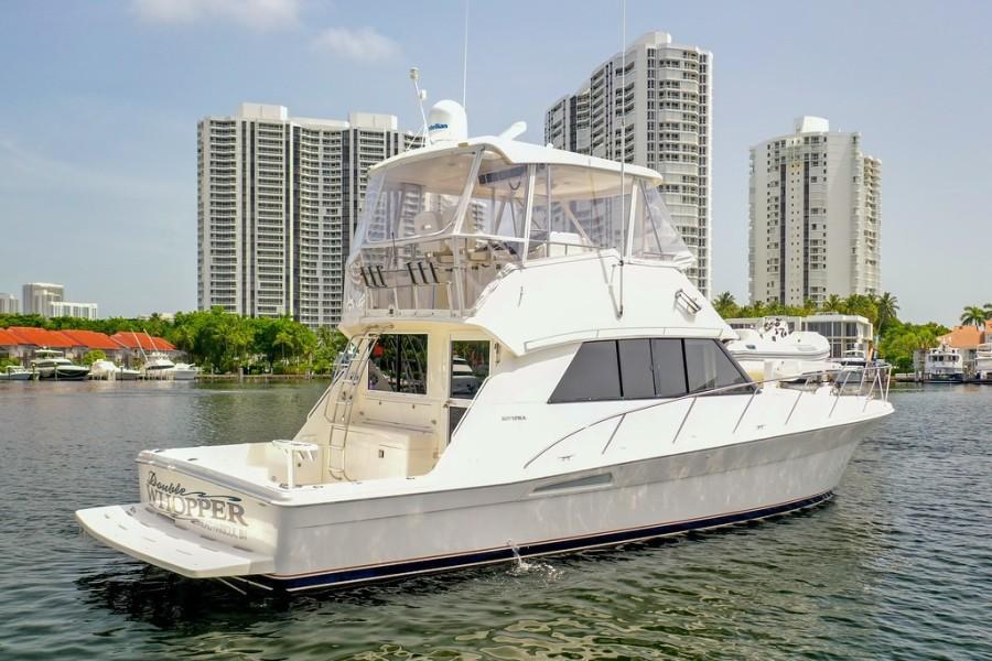 2001 Riviera 43 CNV - Starboard Profile