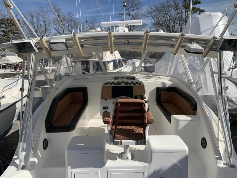 Helm Deck Layout