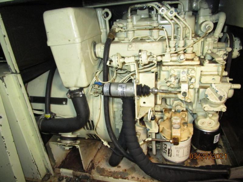 39' Ocean Alexander generator