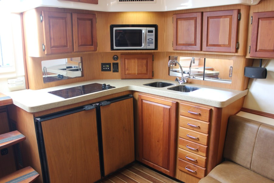 2006 Luhrs 380 Open - Fuelish Fun - Galley