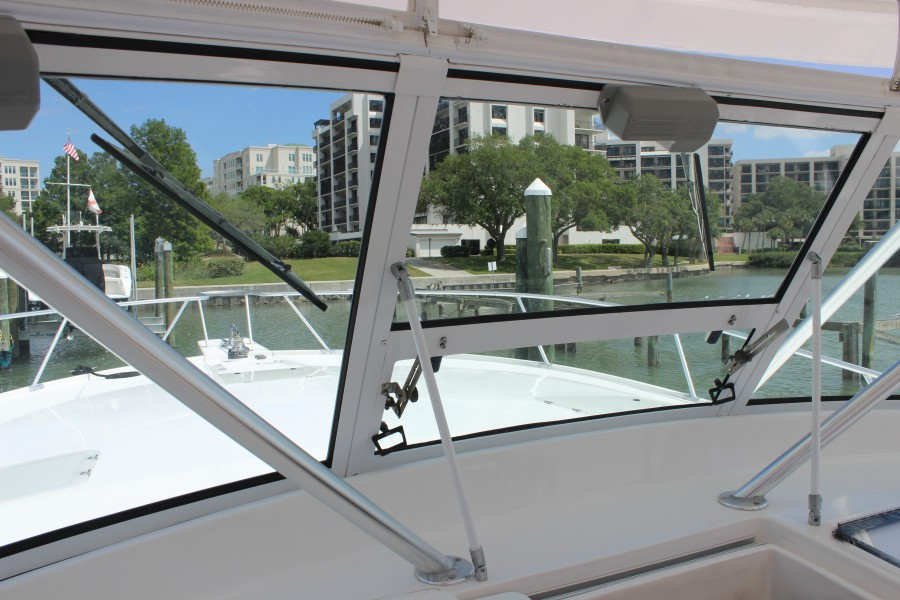 2006 Luhrs 380 Open - Fuelish Fun - Fwd Vent