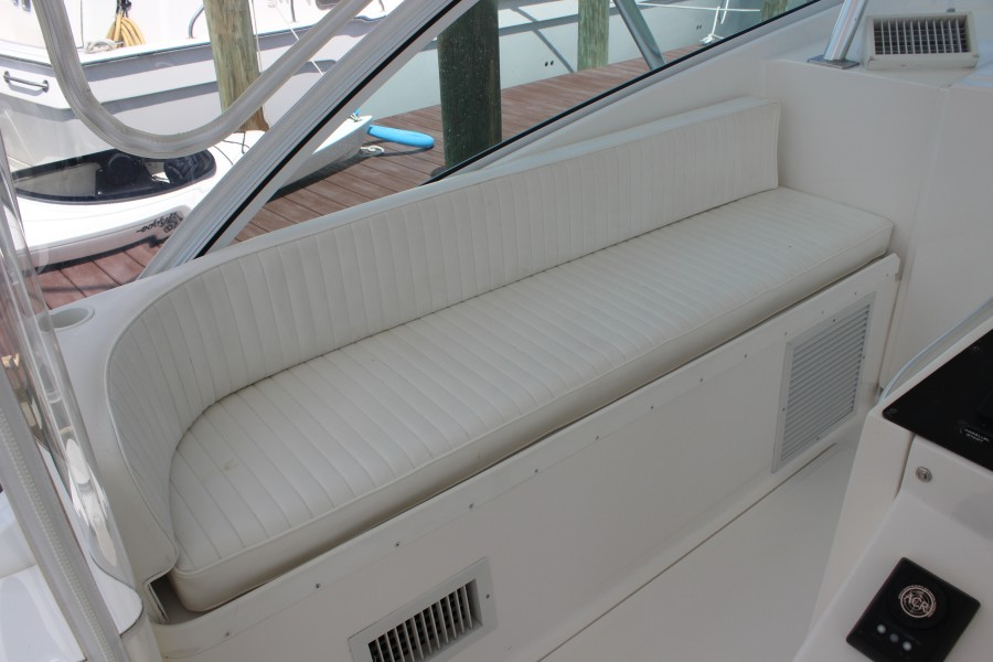 2006 Luhrs 380 Open - Fuelish Fun - Upper Seating