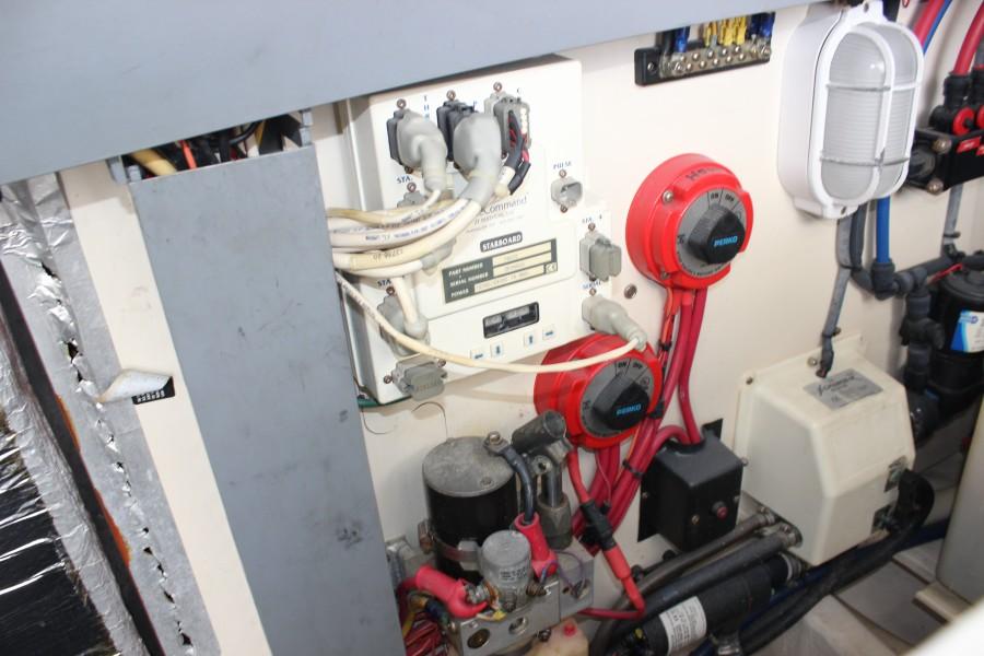 2006 Luhrs 380 Open - Fuelish Fun - Engine Room