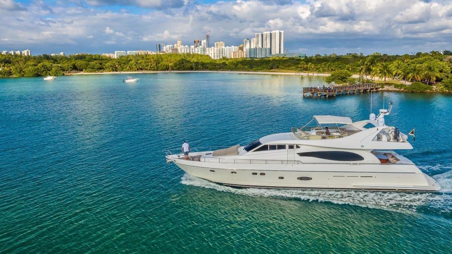 Photo of 73' Ferretti Yachts 2003