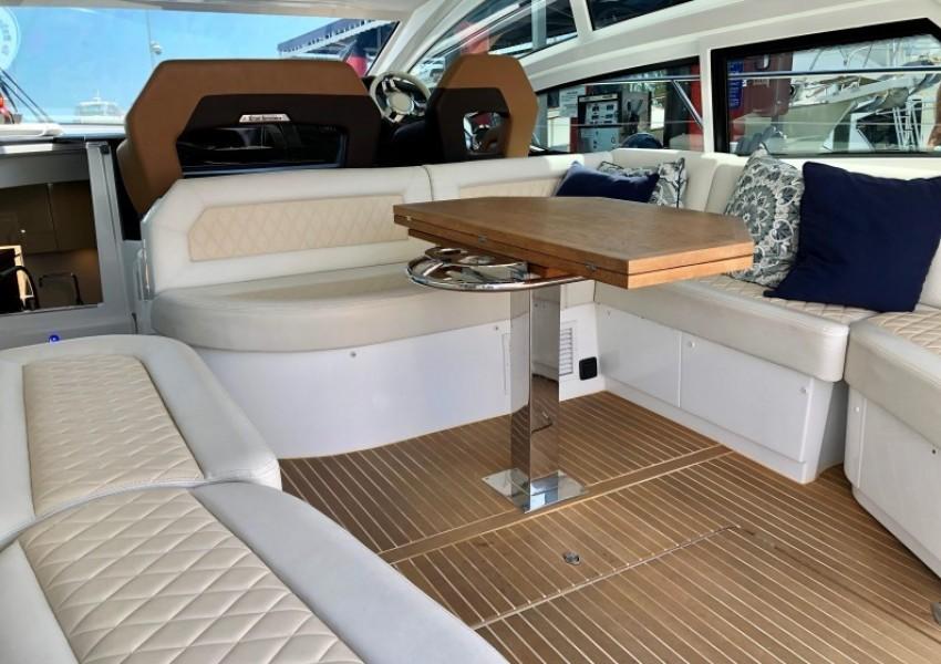 2017 Beneteau 46 Gran Turismo - Yo Baby II - Cockpit
