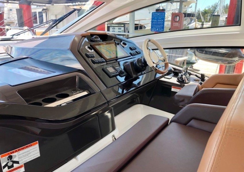 2017 Beneteau 46 Gran Turismo - Yo Baby II - Helm