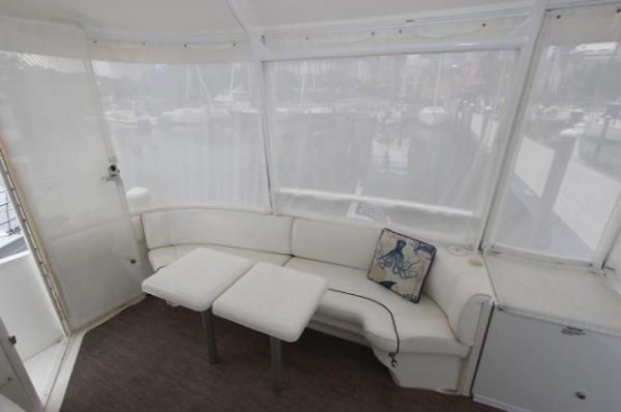 2006 Cruisers 455 Motor Yacht - Nirvana South - Aft Seating