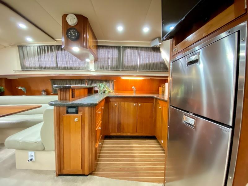2006 Cruisers 455 Motor Yacht - Nirvana South - Galley