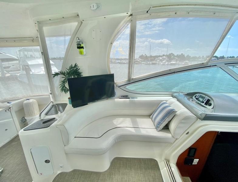 2006 Cruisers 455 Motor Yacht - Nirvana South - Upper Seating