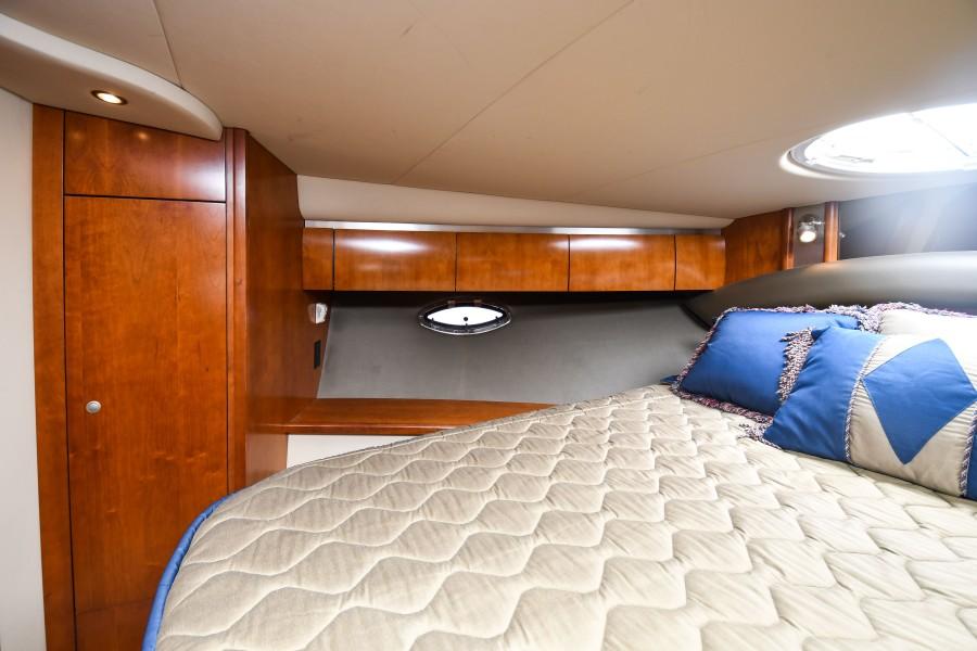 2007 42 Cruisers Express - Got Tubes II - Master Stateroom