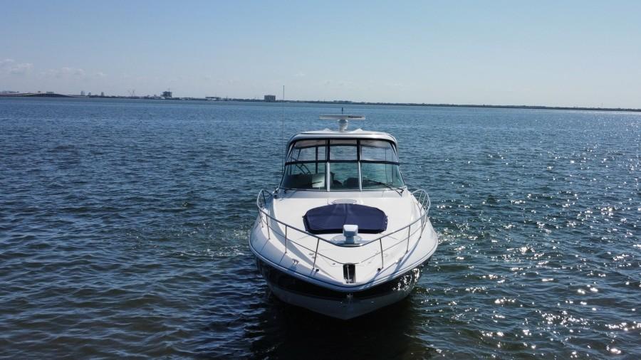 2007 42 Cruisers Express - Got Tubes II - Bow Profile