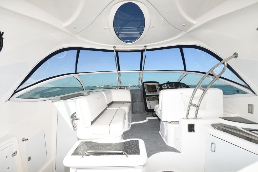 2007 42 Cruisers Express - Got Tubes II - Cockpit