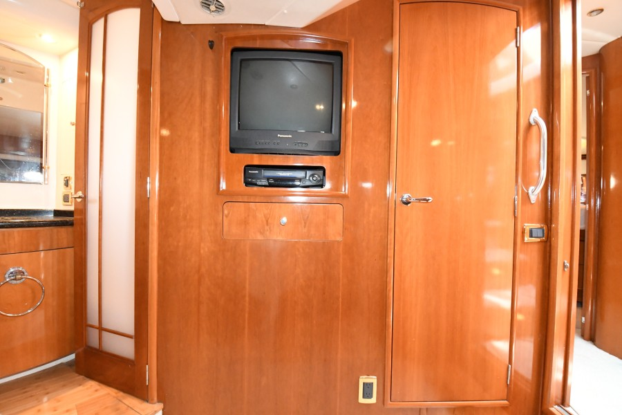 2002 57 Carver Voyager - Plan B - Master Stateroom TV