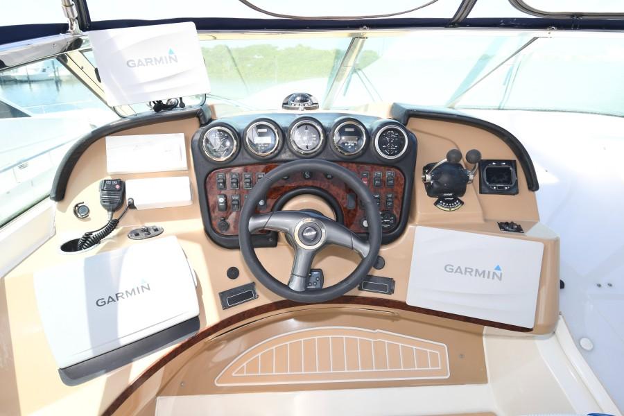 2002 57 Carver Voyager - Plan B - Flybridge Helm