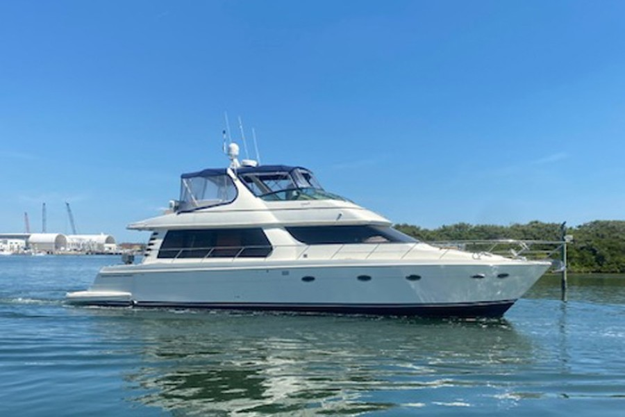 Photo of 57' Carver 57 Voyager 2002
