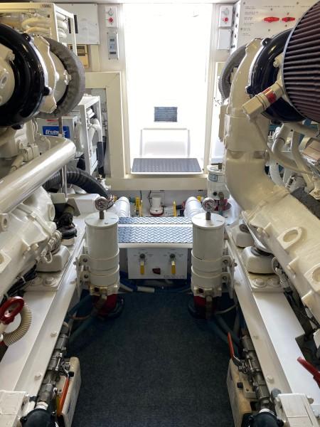 2006 Viking 45 Open- Engine room 10