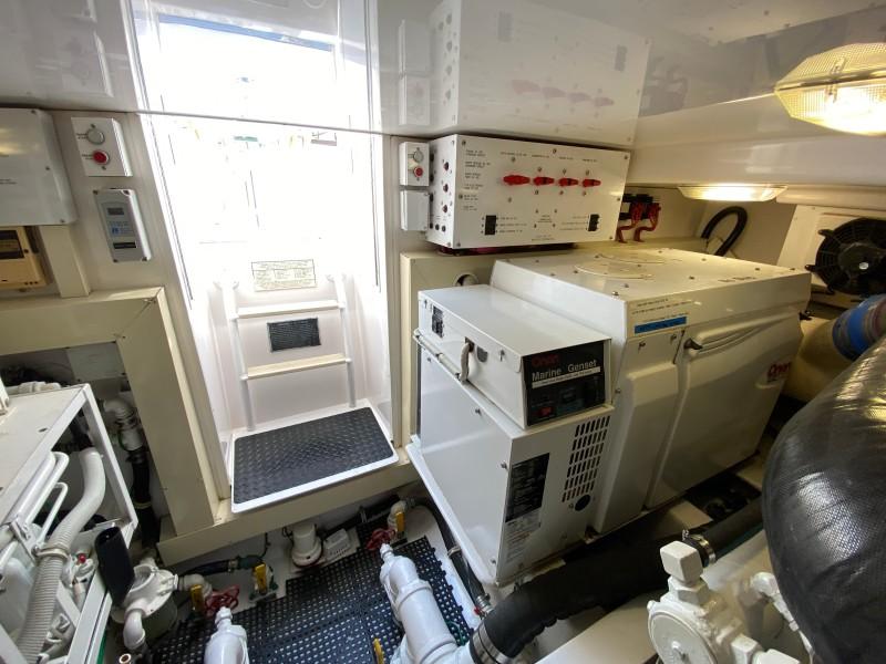 2006 Viking 45 Open- Engine room 4