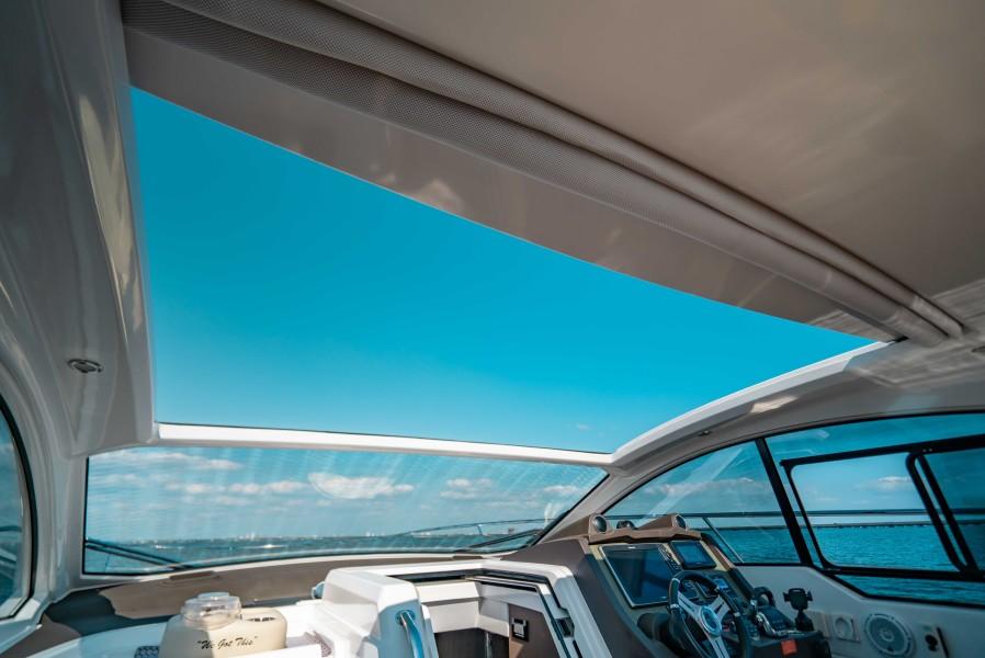 2018 43 Azimut Atlantis - We Got This - Retractable Sun Roof