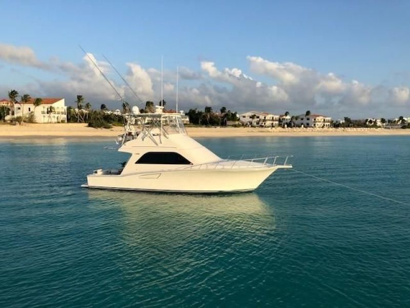 photo of 40' Cabo 40 Convertible 2007