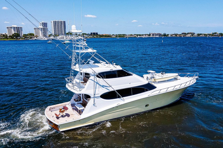 Photo of 77' Hatteras Enclosed Bridge Convertible 2008